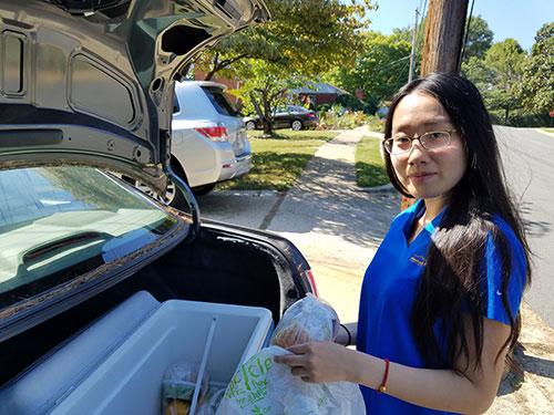 Meals on Wheels Volunteer service Sarah Sun